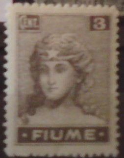 Fiume 33 *